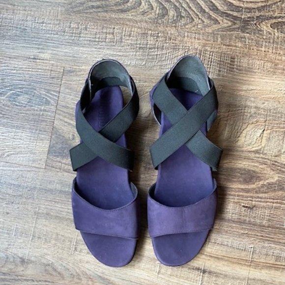 NWT! Munro Purple Suede Sandals / 8M